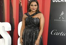 Mindy Kalins as Amita in Ocean's 8